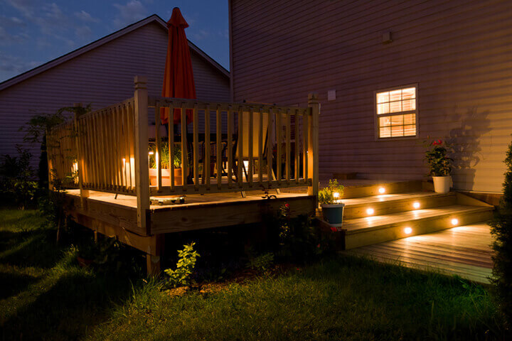deck and patio builder in kingston new hampshire